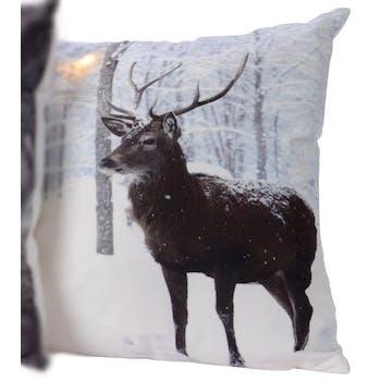 Coussin à LED décor Cerf en hiver 40x40cm