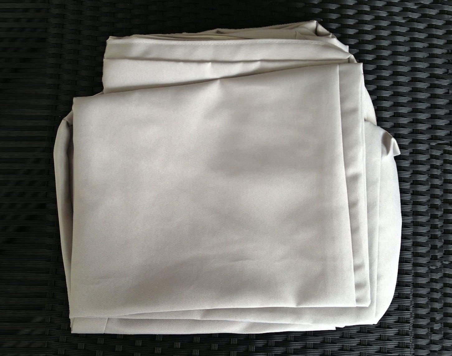 Jeu de Housses tissu gris pour Salon de Jardin AKUMAL