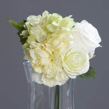 Composition florale bouquet HORTENSIA/ROSE blanches
