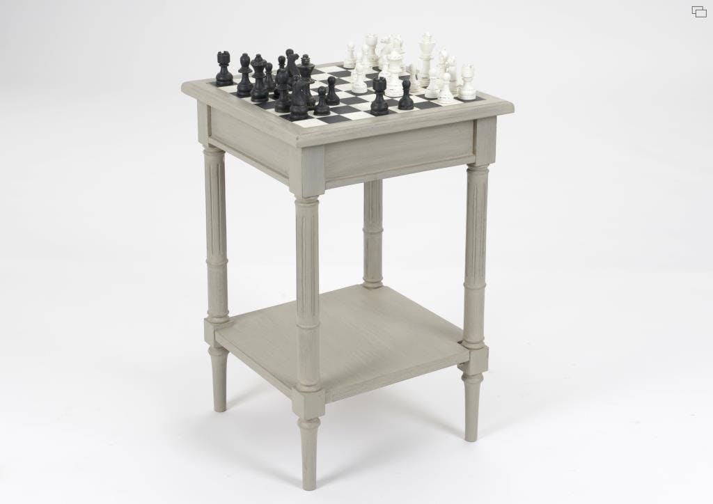 Table d'échecs en bois vieilli gris clair EDOUARD L 45 x P 45 x  H 69 AMADEUS