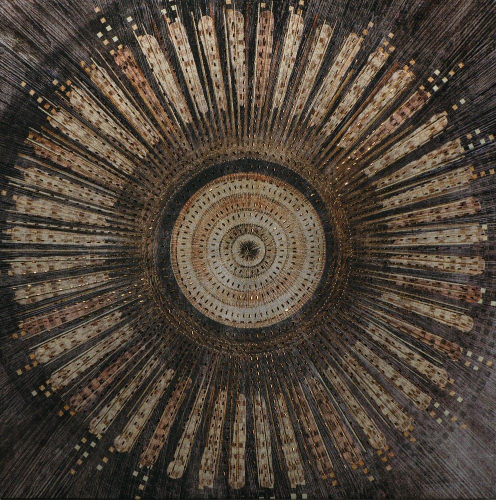 Tableau ABSTRAIT Rosace peinture acrylique et éléments métal - tons noirs, beiges, marrons et dorés 90x90cm