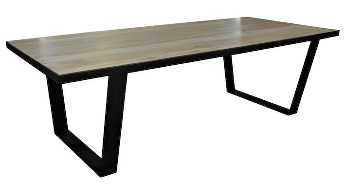 Table à manger 220cm chêne massif métal SOOMAA réf 30020870