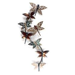 Décoration murale Libellules stylisées avec ailes forme feuilles multicolores en métal 47x107cm