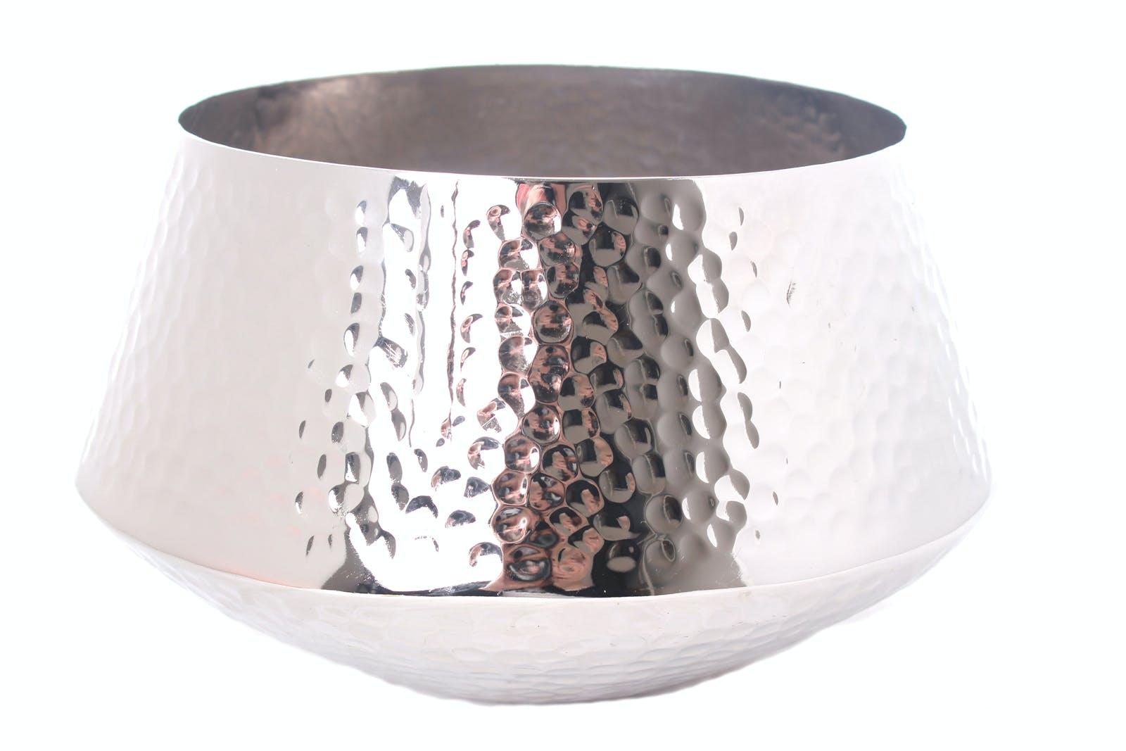 Pot H25,5cm en aluminium argenté martelé