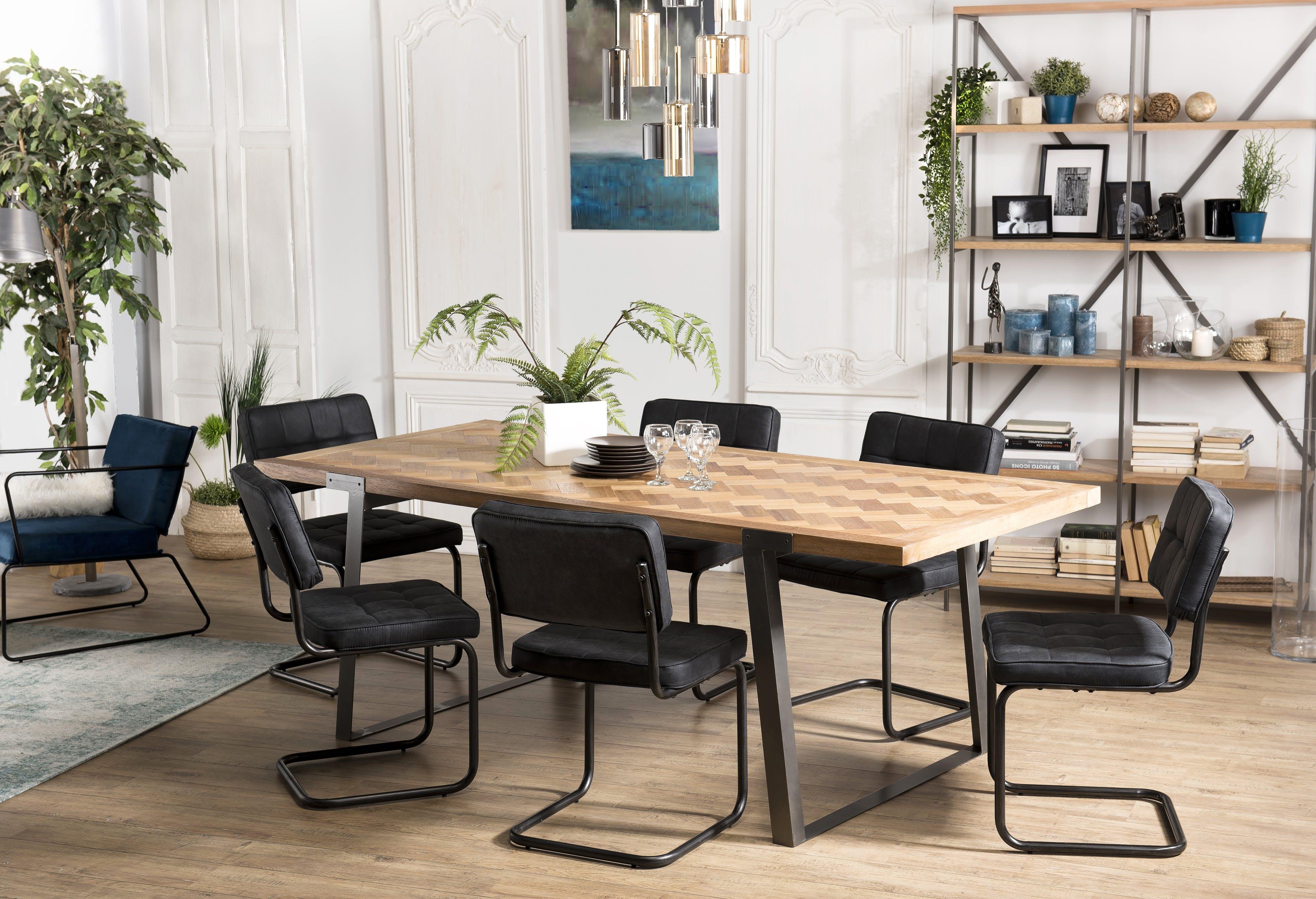 Table à manger bois de sapin chevrons 220 cm CARPATES