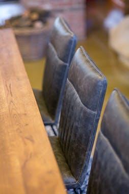 Table salle à manger bois métal pieds en X 180 cm OKA