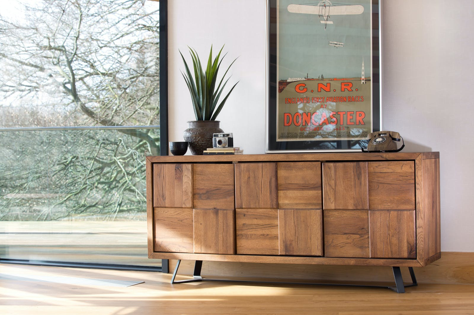Buffet bois motif damier 3 portes 176 cm OKA