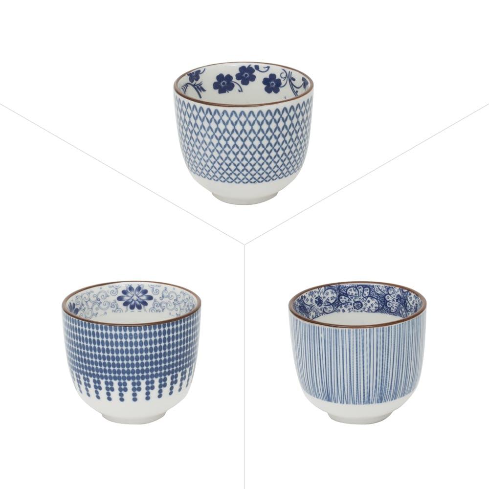Lot de 3 gobelets décor graphique japonisant porcelaine tons bleus D5xH5,5cm