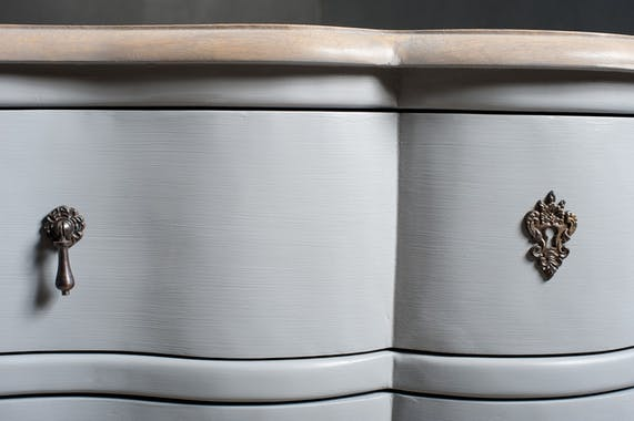 Commode Baroque gris clair 3 tiroirs 110cm ODYSSEE