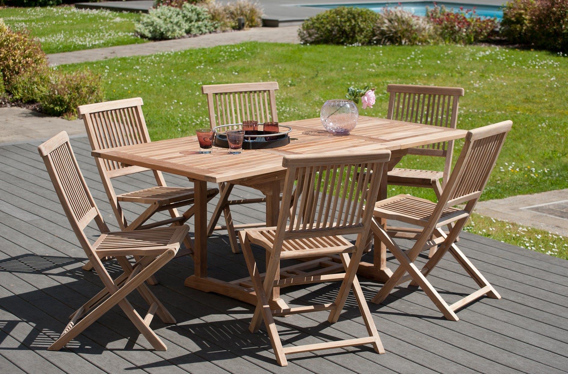 Salon de jardin en teck Table rectangle 120/180 cm et 6 chaises Java pliantes SUMMER