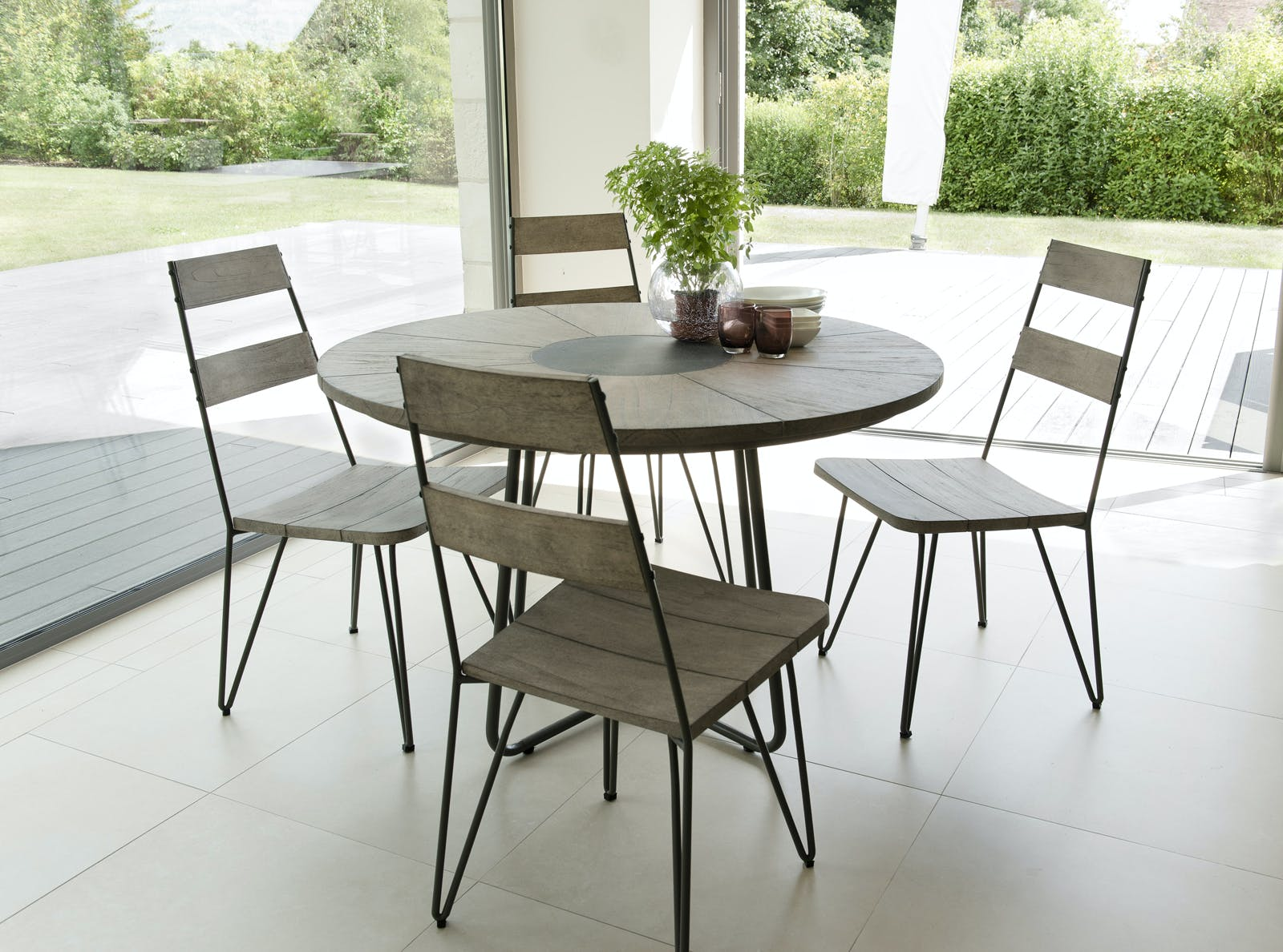 Salon de Jardin Teck Table D120 + 4 chaises DETROIT ref. 30020826