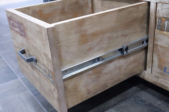 Commode / Chiffonnier hévéa recyclé blanchi et métal noirci 3 tiroirs 60X40X110cm DOCKER