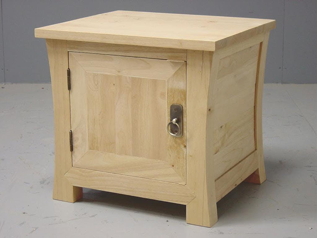 Table de chevet 1 porte hévéa 48x42x45cm MAORI