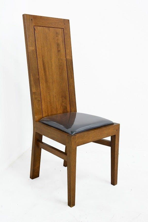 Chaise Hévéa assise mousse, dossier plein 42x49x110cm OLGA