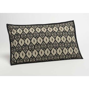Coussin rectangle housse 100% coton noir et taupe avec motifs berbères 30x50cm