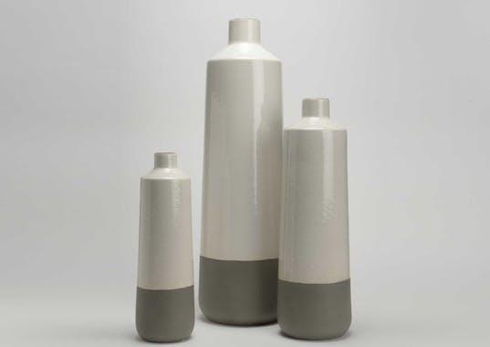 Vase bouteille céramique écrue et taupe aspect brillant et mat H42cm