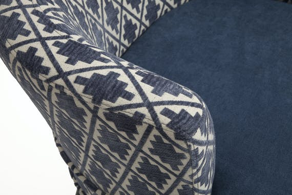 """Fauteuil Cabriolet en tissu toucher doux bleu, dossier motif """"Aztek"""" 64x70x67cm ARENA"""