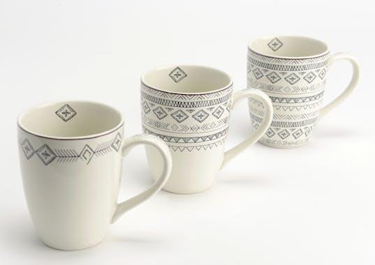 Coffret Steppe de 3 Mugs à anse en porcelaine écrue avec motifs linéaires et liseré supérieur couleur bordeaux