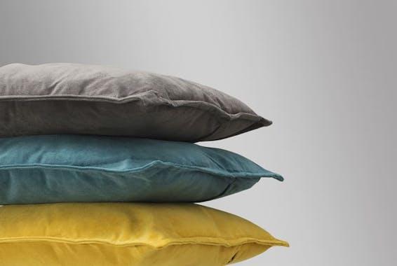Coussin couleur gris taupe 45x45cm