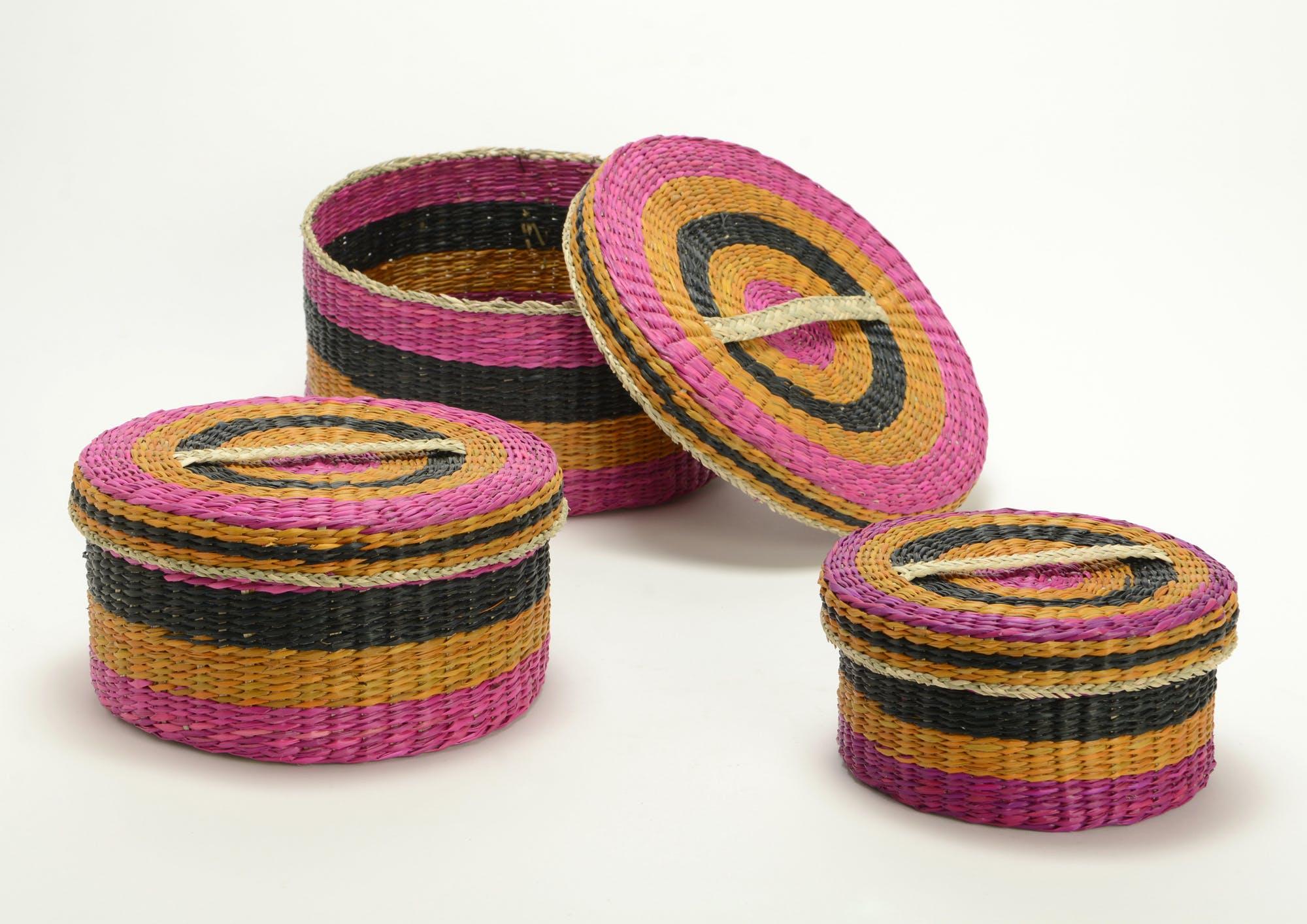 Boite ronde fibre colorée dominante fuschia grand modèle
