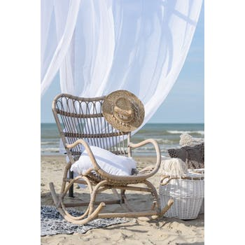 Rocking chair en rotin gris