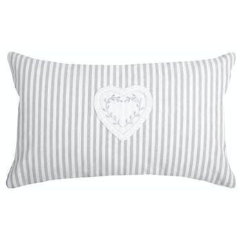 Coussin rectangle romantique rayé écru et gris décor coeur brodé 30x50cm 100% coton CHINON