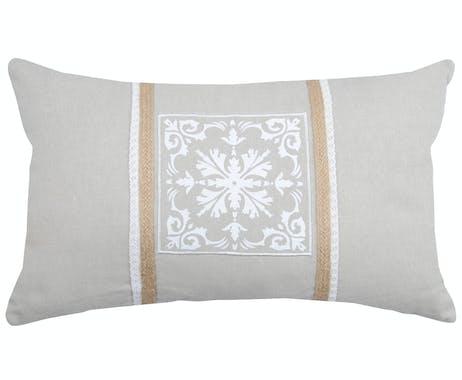 Coussin rectangle motif baroque couleur lin avec liseré jute 30x50cm 100% coton CHAMBORD