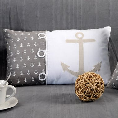 Coussin rectangle motifs ancre de bateau blanc gris beige avec broderie et 3 noeuds 30x50cm 100% coton EMBRUN