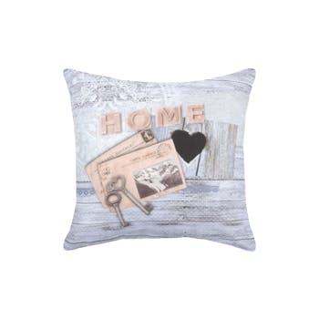 """Coussin décor Chalet """"Home"""" avec cartes postales et clés 40x40cm WHISTLER"""