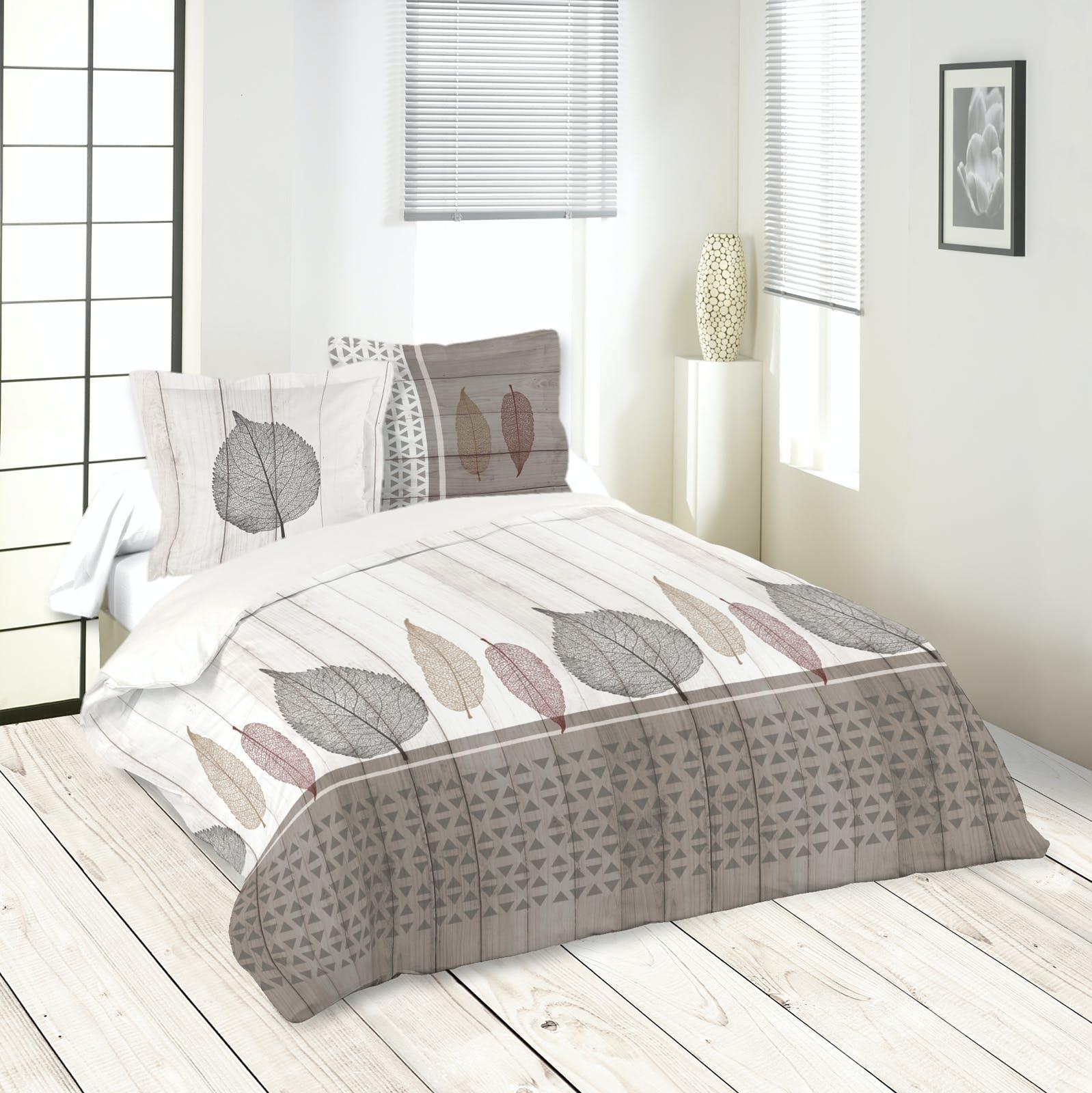 Parure de lit motifs feuilles 240x220cm housse de couette + 2 taies 63x63cm MONTEA