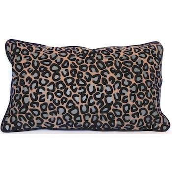 Coussin léopard taupe noir 30x50