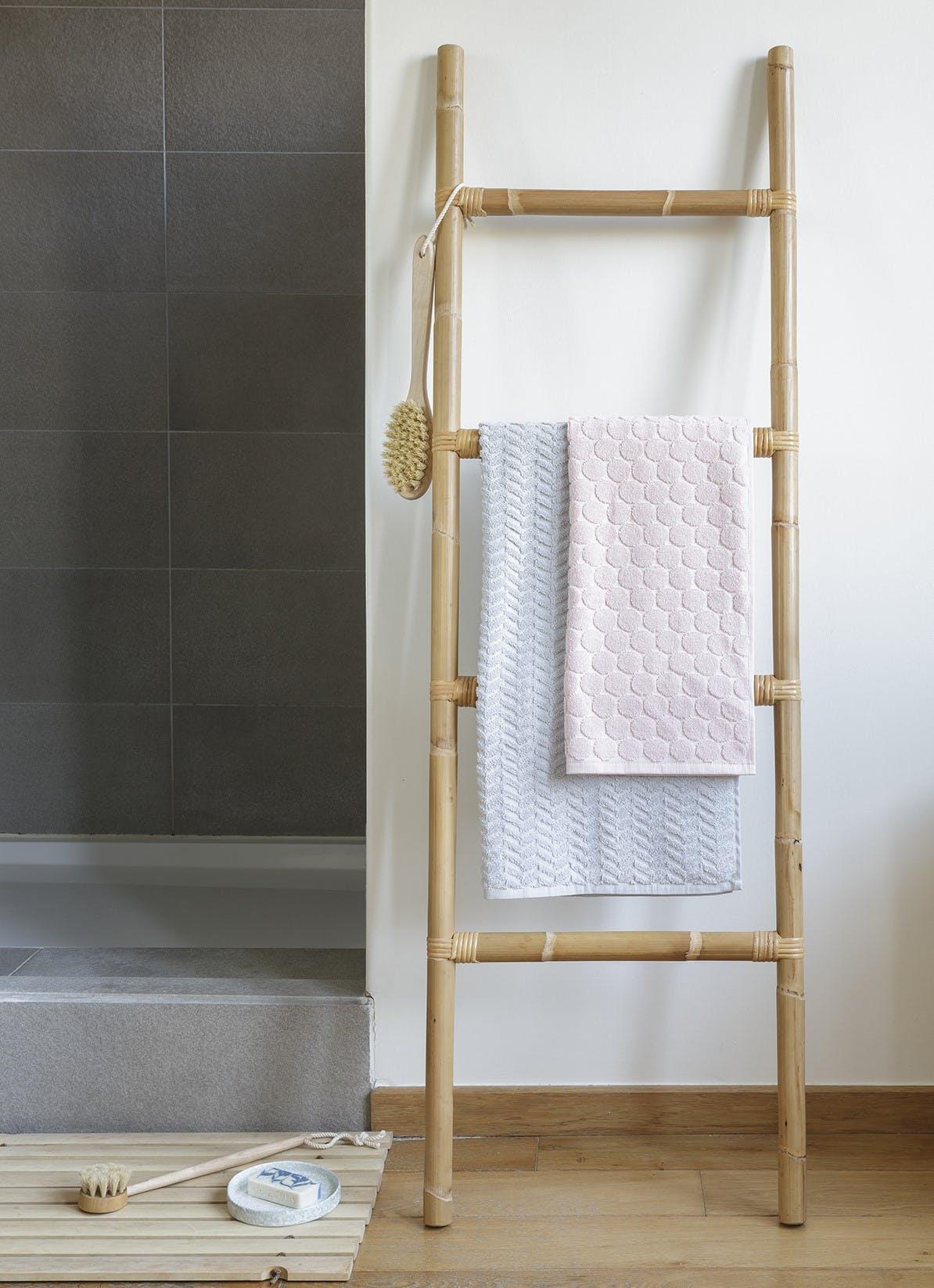 Echelle porte-serviettes rotin KOK