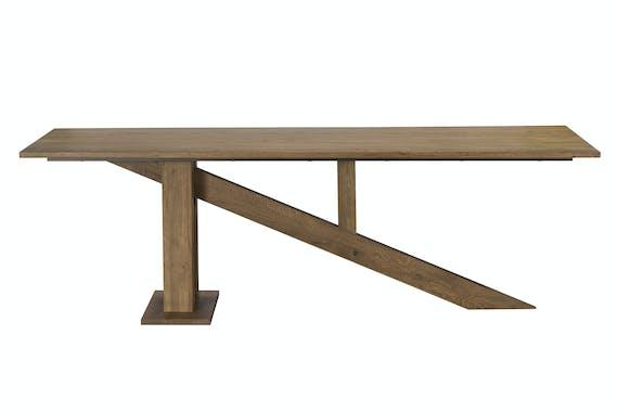Table à manger moderne piètement oblique chêne massif 240 cm HUDSON