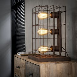 Lampe à poser industrielle 3 lampes grillage effet rouille TRIBECA