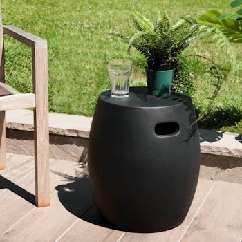 Petite table basse de jardin béton noir forme tonneau SUMMER