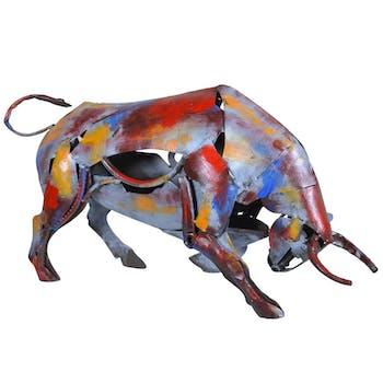Objet déco salon taureau métal peint