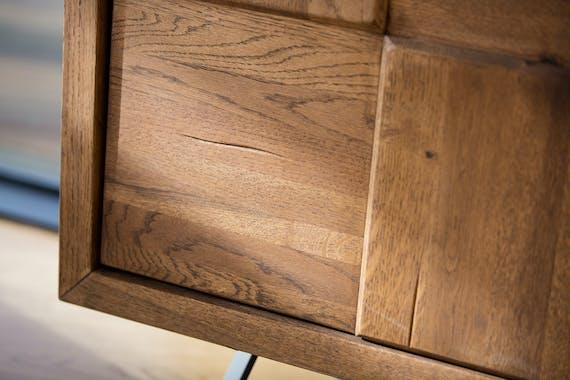 Buffet bahut en bois de chene massif pieds metal de style contemporain