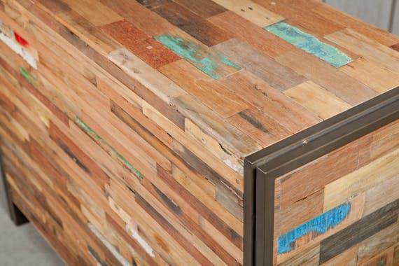 Petit buffet en bois recycle et metal de style industriel