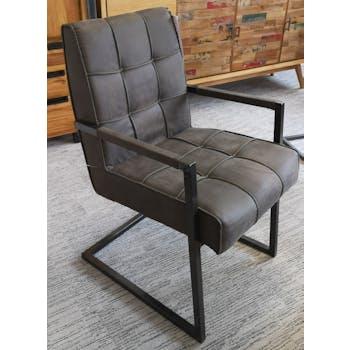 Chaise avec accoudoirs en tissu gris foncé capitonné quadrillé et pieds métal 55x65x90cm KERALA