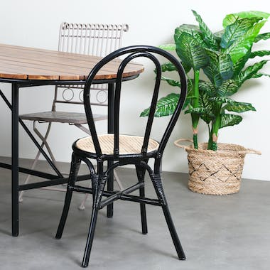 Chaise bistrot noire assise cannée