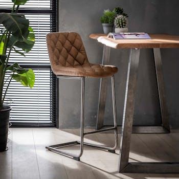 Chaise haute de bar beige avec assise capitonnee style contemporain