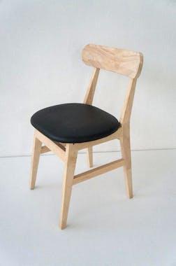 Chaise vintage carrée hévéa SIXTIES