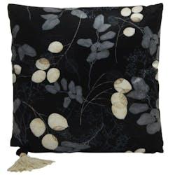 Coussin carré noir motif feuilles et pompon