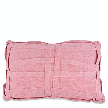 Coussin rectangulaire rouge avec tressage tissu