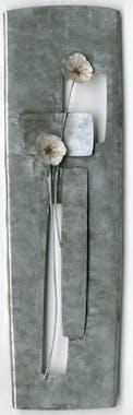 Décoration murale métal fleurs argentées en relief sur plaque 27x90cm