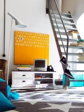 Meuble TV en bois blanc et noir style bord de mer