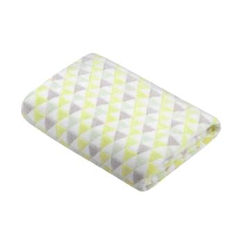 Plaid touché doux motif triangle jaune blanc gris 130x160cm CACTI