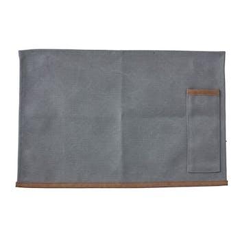 Set de Table avec poche de rangement couverts en toile gris clair et passepoil marron 45x30cm