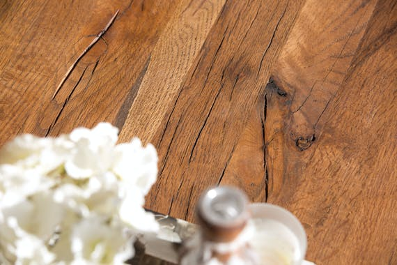 Table à manger carrée chêne métal pied croisé 150 cm OKA
