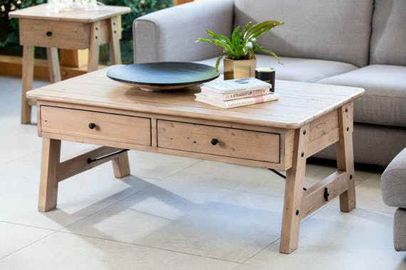 Table basse rectangulaire en bois recycle FSC de style campagne